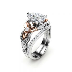 Pear Cut Engagement Ring Set 14K Two Tone Gold Floral Rings Moissanite Ring with Matching Diamond Band
