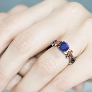 Natural Tanzanite and Diamond Engagement Ring for Women / Unique Engagement Ring / Floral Blue Gemstone Engagement Ring / Gold Flower Ring