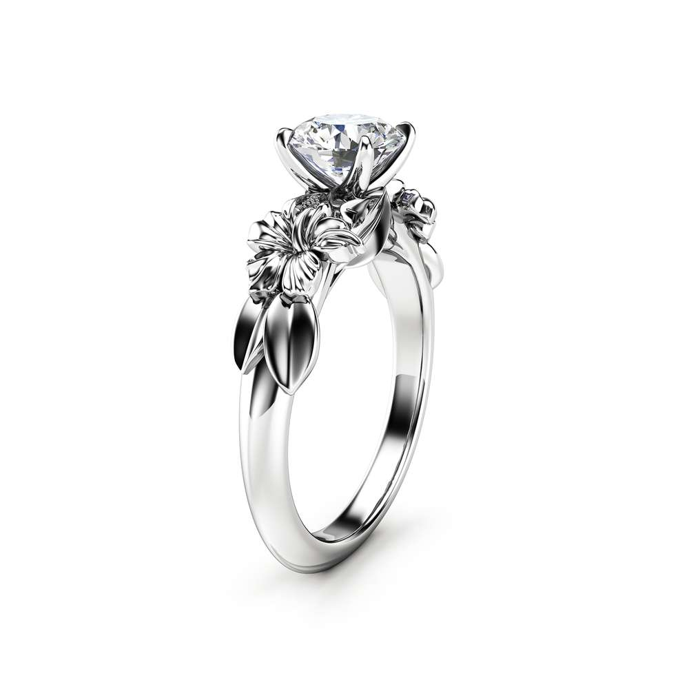 Floral 14K White Gold Moissanite Engagement Ring for Women / Unique Engagement Ring / Flower Ring / Gold Moissanite Floral Engagement Ring